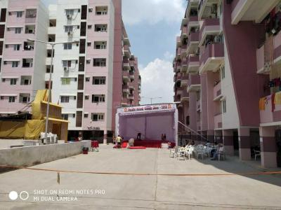 Gallery Cover Image of 1300 Sq.ft 3 BHK Apartment for buy in Peeramcheru for 5500000