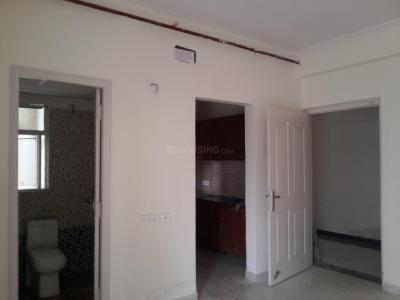 Gallery Cover Image of 615 Sq.ft 1 BHK Apartment for buy in Sector 75 for 2890500