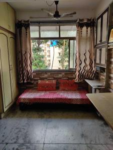 Gallery Cover Image of 400 Sq.ft 1 BHK Apartment for rent in Andheri East for 28000