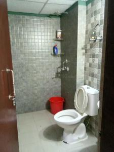 Common Bathroom Image of 1295 Sq.ft 2 BHK Apartment for buy in Sethi Max Royal, Sector 76 for 6500000