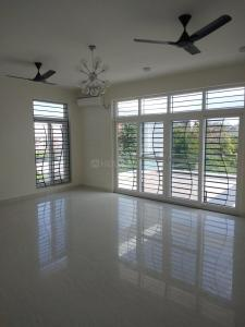 Gallery Cover Image of 5500 Sq.ft 4 BHK Independent House for rent in Neelankarai for 160000