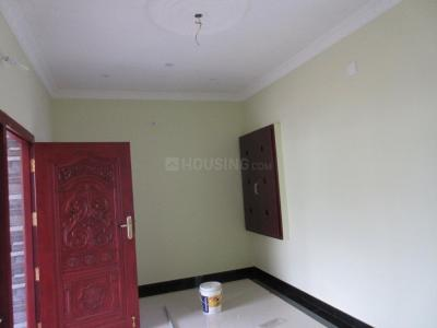 Gallery Cover Image of 800 Sq.ft 2 BHK Independent House for buy in Vadamadurai for 3000000