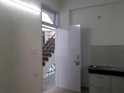 Gallery Cover Image of 150 Sq.ft 1 RK Apartment for rent in Sector 17 for 12000