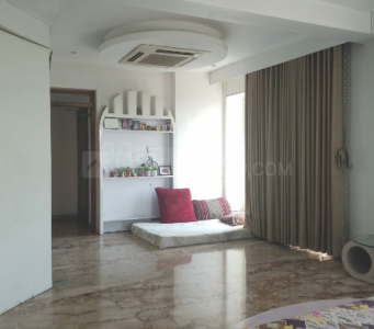 Gallery Cover Image of 1750 Sq.ft 3 BHK Apartment for rent in Seawoods for 85000