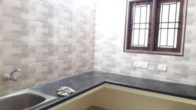 Gallery Cover Image of 800 Sq.ft 1 BHK Apartment for rent in Guduvancheri for 8500