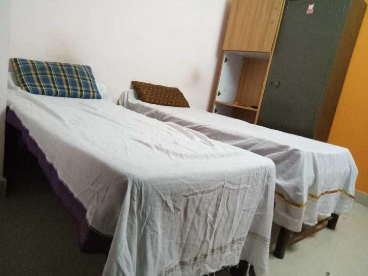 Bedroom Image of Sai Hanuman PG in Marathahalli