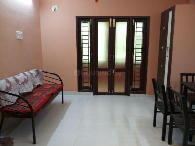 Gallery Cover Image of 1100 Sq.ft 3 BHK Apartment for rent in Ramapuram for 16000