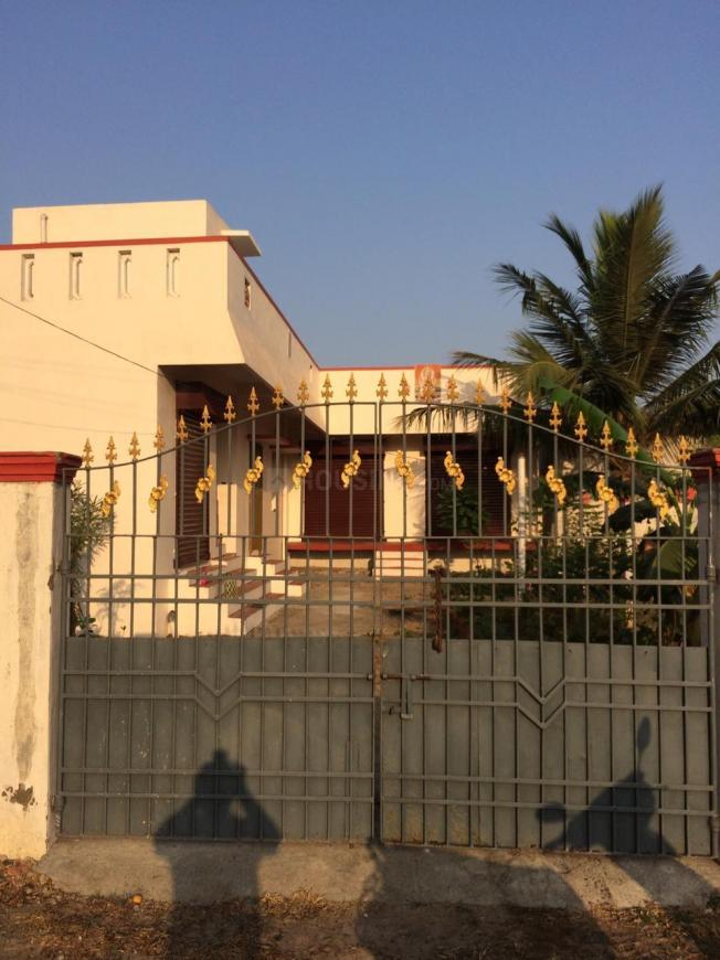 Building Image of 2002 Sq.ft 1 BHK Villa for rent in Madhavaram for 16000