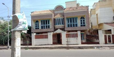 Gallery Cover Image of 5500 Sq.ft 10 BHK Independent House for buy in Pallikaranai for 24000000
