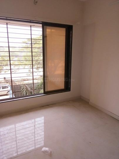 Living Room Image of 600 Sq.ft 1 BHK Apartment for rent in Dahisar East for 16000
