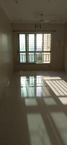 Gallery Cover Image of 700 Sq.ft 1 BHK Apartment for rent in Kabra Aurum, Goregaon West for 35000