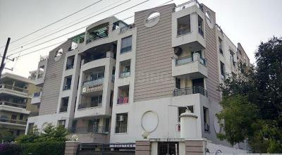 Gallery Cover Image of 2000 Sq.ft 3 BHK Apartment for buy in Ashok Nagar for 13600000