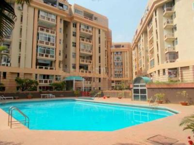 Gallery Cover Image of 3800 Sq.ft 4 BHK Apartment for rent in Murugeshpalya for 80000