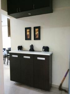 Gallery Cover Image of 1662 Sq.ft 3 BHK Apartment for buy in Goregaon East for 15500000