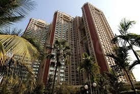 Gallery Cover Image of 1200 Sq.ft 3 BHK Apartment for buy in Oberoi Oberoi Gardens, Kandivali East for 31500000