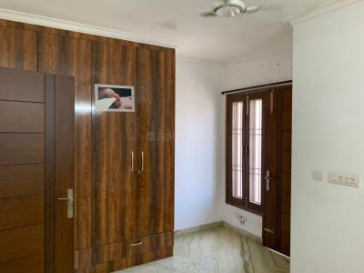 Gallery Cover Image of 10000 Sq.ft 6 BHK Villa for rent in Sainik Farm for 350000
