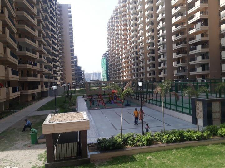Building Image of 1050 Sq.ft 2 BHK Apartment for rent in Omicron I Greater Noida for 8000
