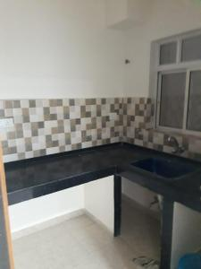 Gallery Cover Image of 1000 Sq.ft 2 BHK Apartment for rent in Tangra for 22000