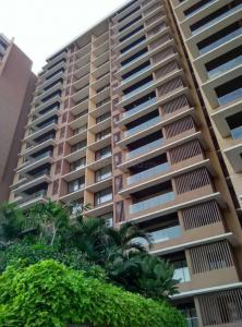 Gallery Cover Image of 2244 Sq.ft 3 BHK Apartment for rent in Bandra East for 200000