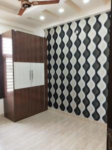 Gallery Cover Image of 1300 Sq.ft 3 BHK Apartment for buy in Prithvi Homes Homes 5, Vasundhara for 4550000
