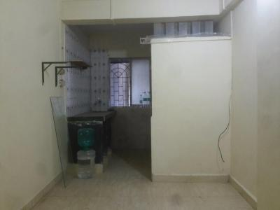 Gallery Cover Image of 250 Sq.ft 1 RK Apartment for rent in Andheri West for 10000