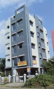 Gallery Cover Image of 420 Sq.ft 1 RK Apartment for rent in Tripti Dakhineswari Apartment - II, Rahara for 4500