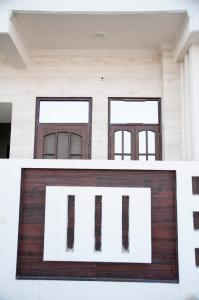 Gallery Cover Image of 800 Sq.ft 2 BHK Independent Floor for rent in Alambagh for 12000