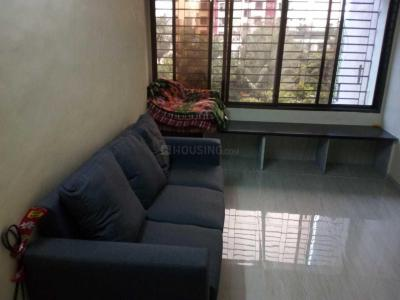 Gallery Cover Image of 550 Sq.ft 1 BHK Apartment for rent in Kandivali East for 20000