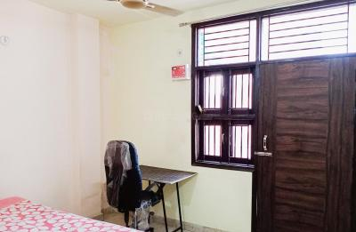 Gallery Cover Image of 700 Sq.ft 1 BHK Independent House for rent in Tilak Nagar for 8000