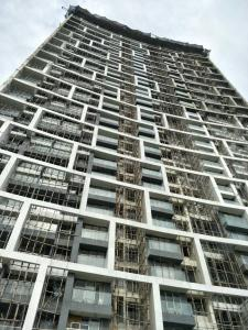 Gallery Cover Image of 782 Sq.ft 2 BHK Apartment for buy in Sunteck Signia Waterfront, Airoli for 19000000
