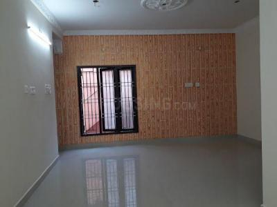 Gallery Cover Image of 835 Sq.ft 2 BHK Apartment for buy in Chromepet for 4350000