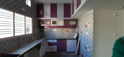 Gallery Cover Image of 1200 Sq.ft 2 BHK Independent House for buy in Byrathi for 9000000