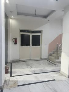 Gallery Cover Image of 450 Sq.ft 1 BHK Apartment for rent in Jasola Vihar for 15000