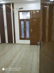 Gallery Cover Image of 1800 Sq.ft 4 BHK Independent Floor for buy in Kaushambi for 14000000