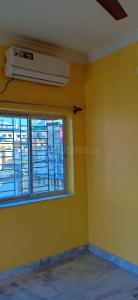 Gallery Cover Image of 900 Sq.ft 2 BHK Apartment for rent in Lake Gardens for 22000
