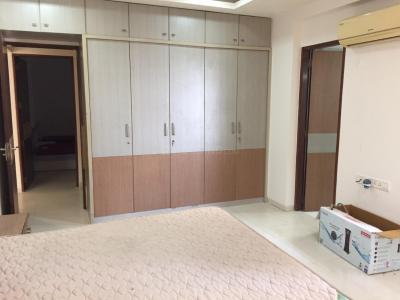 Gallery Cover Image of 1850 Sq.ft 3 BHK Apartment for rent in Vejalpur for 40000