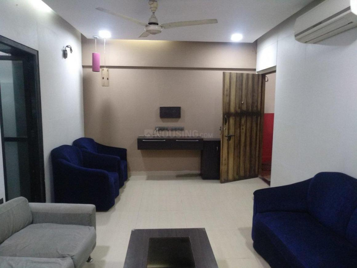 Living Room Image of 600 Sq.ft 1 BHK Apartment for rent in Juhu for 53000