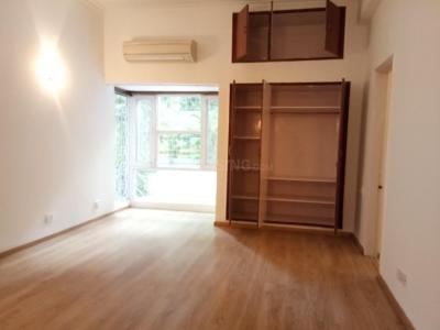 Gallery Cover Image of 4050 Sq.ft 3 BHK Independent Floor for rent in West End for 250000