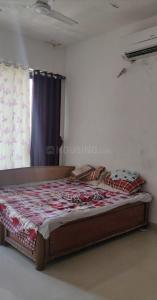 Gallery Cover Image of 1100 Sq.ft 3 BHK Apartment for buy in Malad West for 25500000