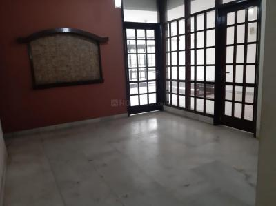 Gallery Cover Image of 3150 Sq.ft 3 BHK Independent Floor for rent in South Extension II for 70000