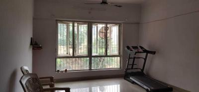 Gallery Cover Image of 850 Sq.ft 2 BHK Apartment for rent in Crystal Isle 2, Goregaon East for 25000