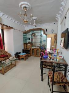Gallery Cover Image of 1000 Sq.ft 2 BHK Apartment for rent in Bandra West for 60000