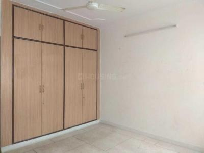 Gallery Cover Image of 1100 Sq.ft 2 BHK Apartment for rent in Sector 5 Dwarka for 30000