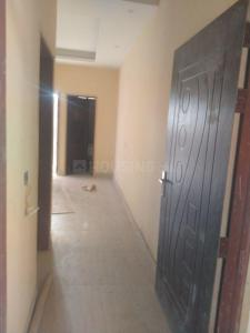 Gallery Cover Image of 500 Sq.ft 1 BHK Independent Floor for buy in Sector 105 for 1600000