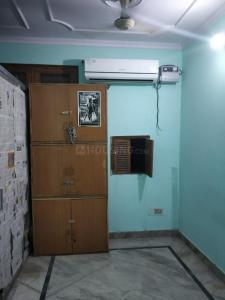 Gallery Cover Image of 500 Sq.ft 2 BHK Apartment for rent in Laxmi Nagar for 15000