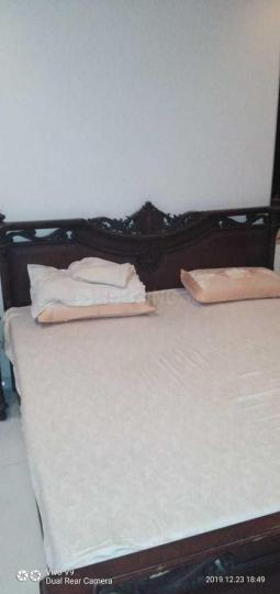 प्रभादेवी में रणजीत प्रॉपर्टी पीजी के बेडरूम की तस्वीर