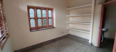 Gallery Cover Image of 650 Sq.ft 2 BHK Apartment for rent in Anisabad for 6500