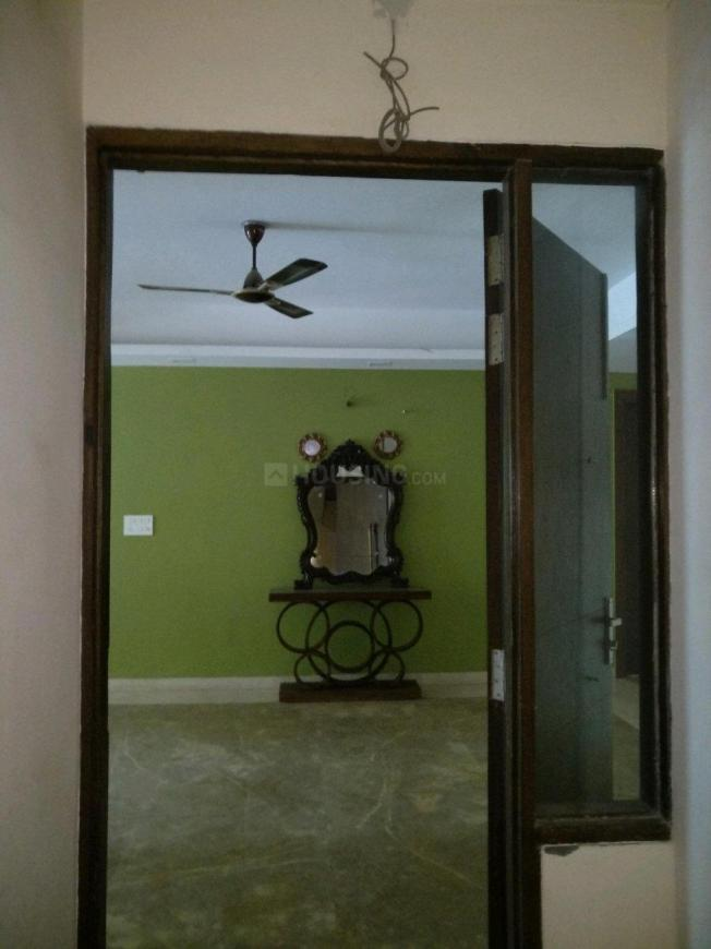Main Entrance Image of 3000 Sq.ft 4 BHK Independent Floor for rent in Sushant Lok I for 70000