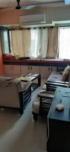 Gallery Cover Image of 585 Sq.ft 1 BHK Apartment for rent in Wadala East for 36000