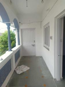 Gallery Cover Image of 1220 Sq.ft 3 BHK Independent House for rent in Ghatlodiya for 11500